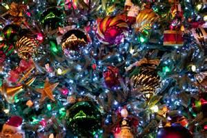 beautiful christmas tree wallpaper 44406 1920x1280 px