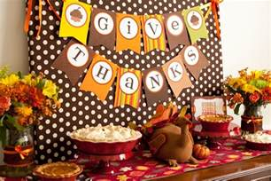 inexpensive thanksgiving dinner party reveal kid friendly thanksgiving table