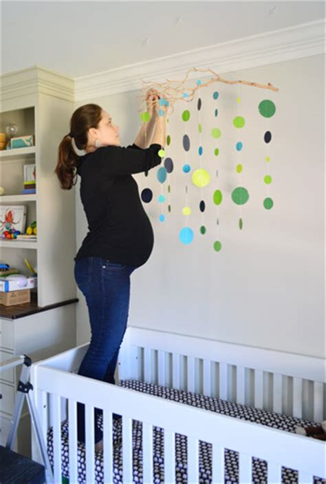 Handmade Mobiles For Nursery - an easy handmade nursery mobile house