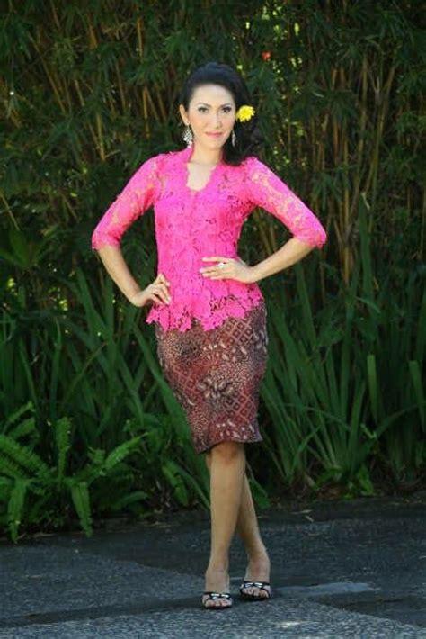 kebaya bali pendek modern bali kebaya batik mini skirt indonesian kebaya
