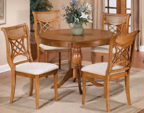 hillsdale glenmary 5 piece round dining room set in oak