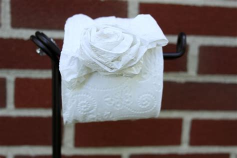 How To Make Toilet Paper Origami - best 25 toilet paper origami ideas on origami