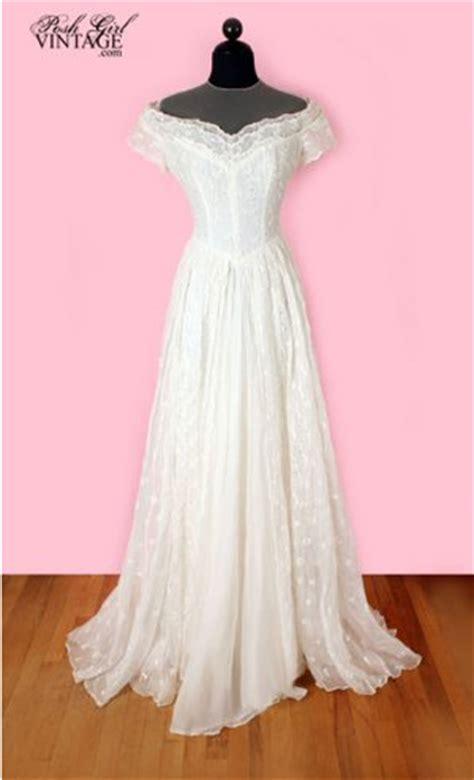 Posh Vintage Wedding Dresses by Vintage Weddings 171 Linzi Events