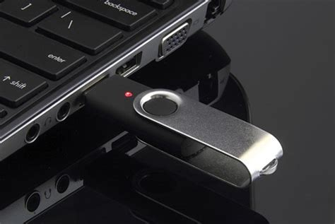 wallpaper usb windows 7 how to keep usb thumb drive malware away from your pc