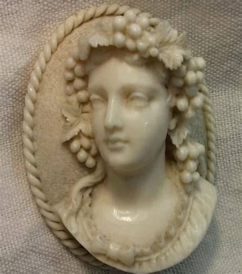 Antique Cameos   Cameos Archive   old victorian, shell, coral and hardstone cameos, vintage