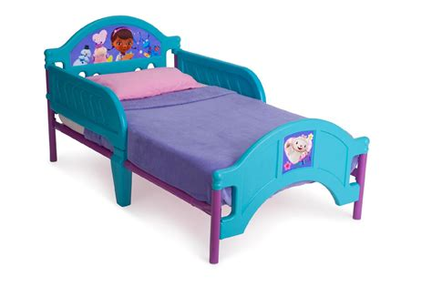 delta childrens bed delta children doc mcstuffins toddler bed baby toddler
