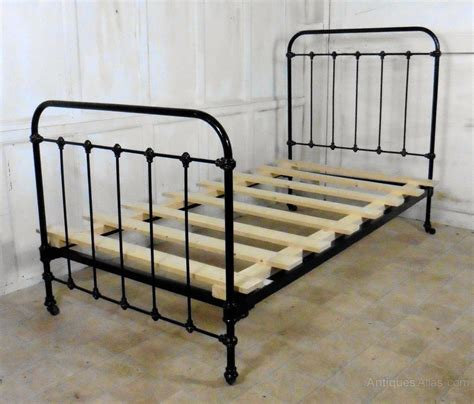 antique metal beds victorian single iron bed antiques atlas