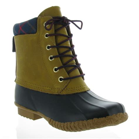 womens duck shoes on sale womens duck boots sale 28 images hilfiger s russel