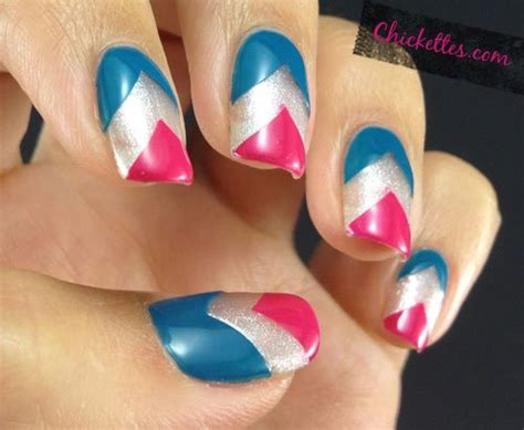 chevron pattern gel nails gelish chevron nail art chickettes soak off gel polish