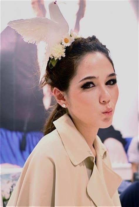 thai hair styles cute hair style thai star make up dress up