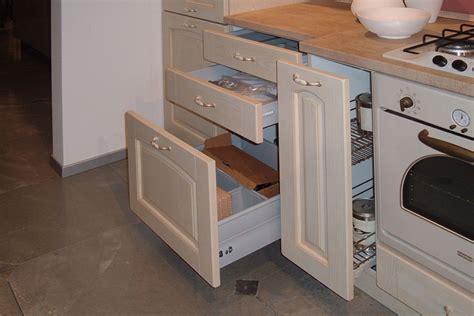 cassettiere da cucina beautiful cassettiera da cucina images acrylicgiftware