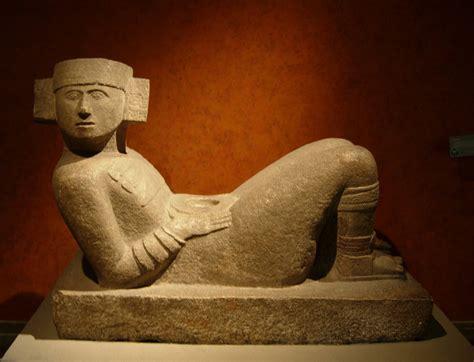 imagenes de esculturas mayas famosas turismo de conciencia el chac mool una de la esculturas