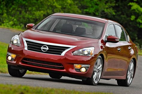 nissan hybrid sedan used 2013 nissan altima for sale pricing features