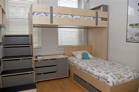 Bunk Beds In A Small Room Two Brothers In A Small Room