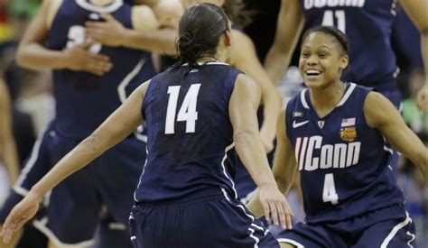 connecticut womens basketball team puts unbeaten ncaa