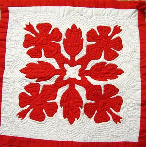 Hawaii Quilt by Hawaiian Quilts