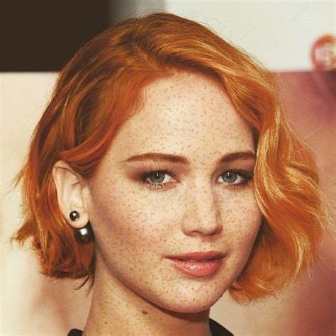 actresses with short red hair list jennifer lawrence celebrities get epic makeovers with