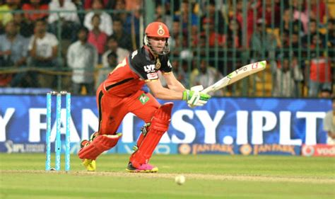 watch rcb wins ipl 2016 qualifier 1 winning moment cel ab de villiers takes rcb to final of ipl 2016 watch full