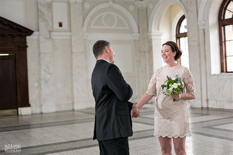 court house wedding theresa michael old decatur courthouse elopement 187 alison church photography