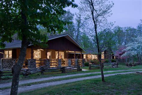 Cabins In Crossville Tn by Caryonah Lodge Crossville Tn Resort Reviews