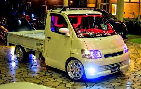 Lu Depan Mobil Carry Modifikasi Mobil Up Daihatsu Gran Max Terbaru