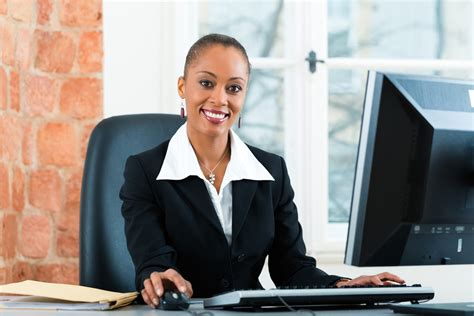 advancing your career as an administrative assistant careerbuilder