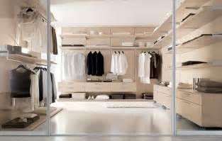 Modern Walk In Wardrobes by Walk In Closet And Modern Walk In Closet And Walk In
