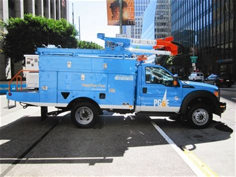 electric company truck pg e adds hybrid electric trucks articles green