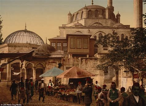 Ottoman Empire Istanbul Fascinating Pictures Show In 1890s Constantinople Daily Mail