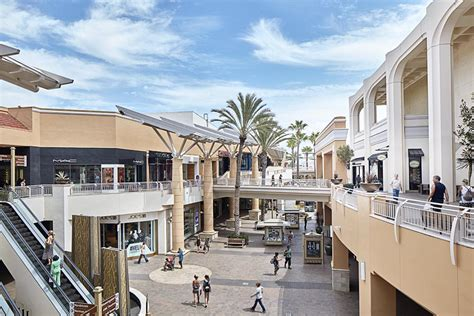 layout of fashion valley mall do business at fashion valley a simon property