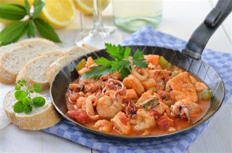 come si cucina il salmone in padella come cucinare il salmone fresco foto tomato