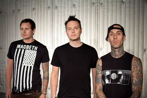 do dogs blink vai ter novo 225 lbum do blink 182 sim action182