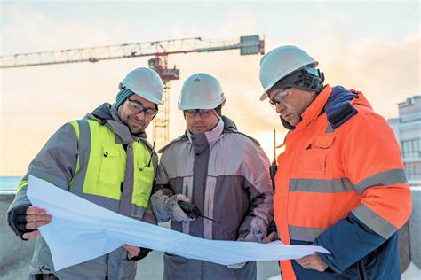 5 necessary skills to pursue a civil engineering career