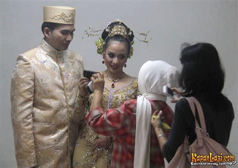 Jual Wedding Ring Bandung by Intan Nuraini Jalani Sesi Foto After Wedding Budi Utomo