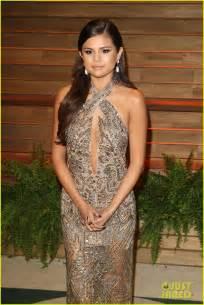 Vanity Fair Oscar 2014 Selena Gomez Selena Gomez Oscar 2014 Vanity Fair In West
