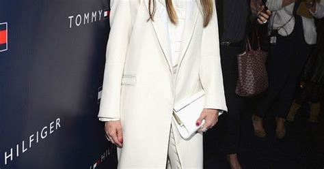 Alba Keeping It by Drew Barrymore And Alba Keep It Simple But
