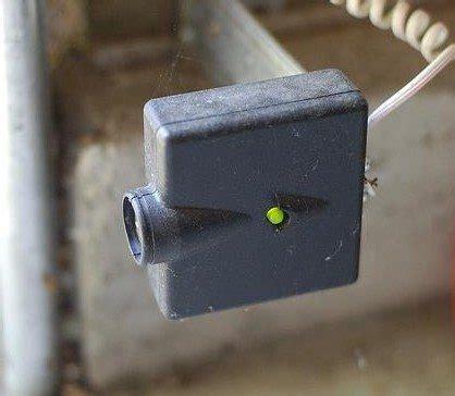 Troubleshoot Garage Door Opener Troubles Neighborhood Garage Garage Door Sensor Blinking