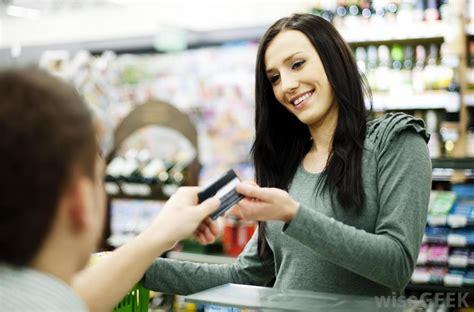 Kartu Telepon Luar Negeri tips menggunakan kartu kredit dan atm saat di luar negeri