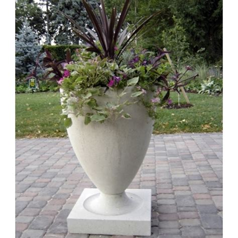 Frank Lloyd Wright Planter by Frank Lloyd Wright Sandstone Garden Planters Made In America 5 Color Choices Bullet Shaped