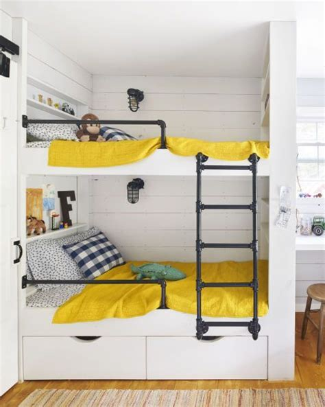 Bunk Beds For Small Rooms Best 25 Bunker Bed Ideas On Modern Bunk Beds 3 Bunk Beds And Bunk Bed Rooms