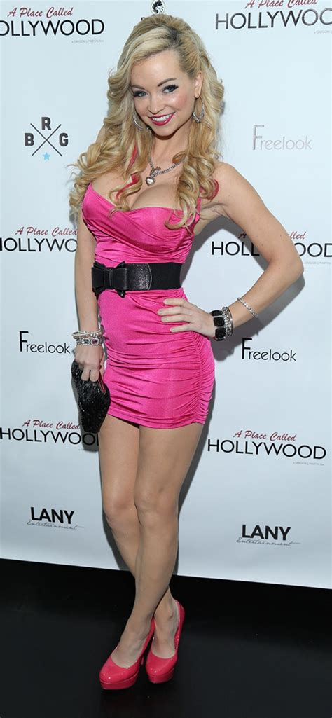 missy casting couch meet mindy robinson a los angeles based actress model