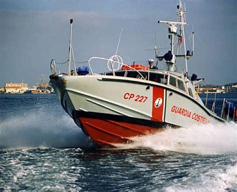 concorsi capitaneria di porto pesca illegale rastrellamenti a tappeto sui pescherecci