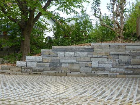 stützmauer naturstein moser gartengestaltung ihr partner f 252 r den gesamten
