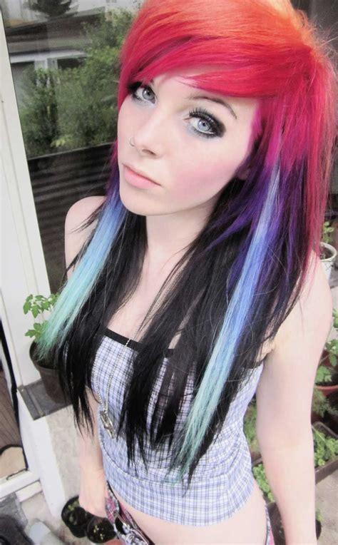 emo ira vampira scene queen colorful hair purple