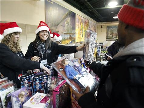 Salvation Army Toy Giveaway - salvation army toy giveaway gets started toledo blade