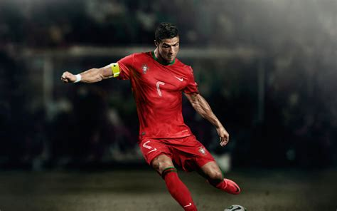 wallpaper 4k cristiano ronaldo cristiano ronaldo football 4k wallpapers new hd wallpapers