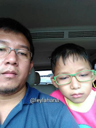 Catatan Bahagia Si Calon Ibu catatan hati ibu bahagia ketika si kecil berkacamata