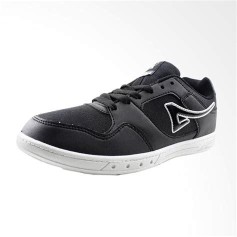 Sepatu Ardiles Kanvas jual ardiles inp sepatu pria hitam putih harga kualitas terjamin blibli