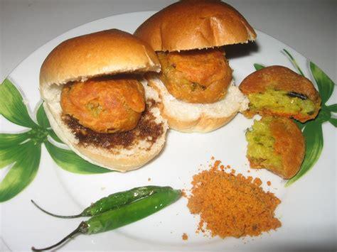 pav vada food of the week mumbai vada pav indian tourist