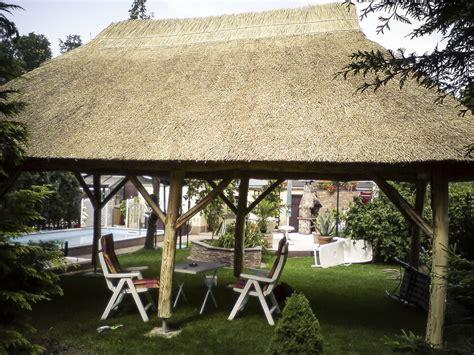pavillon reetdach ihr reetdachdecker f 220 r berlin brandenburg pavillon